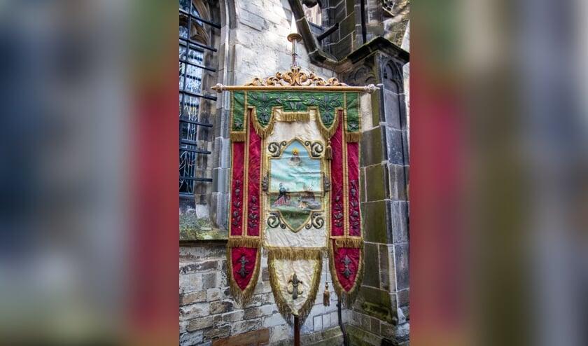 De Broederschap komt graag in contact met Bosschenaren die kennis hebben over de geschiedenis van dit vaandel.