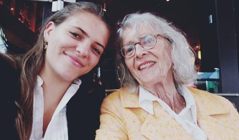 <p>Florence Casteleijn heeft haar oma Constance Bolt uit Den Bosch voorgedragen voor de Bossche Bol XL van deze week.</p>