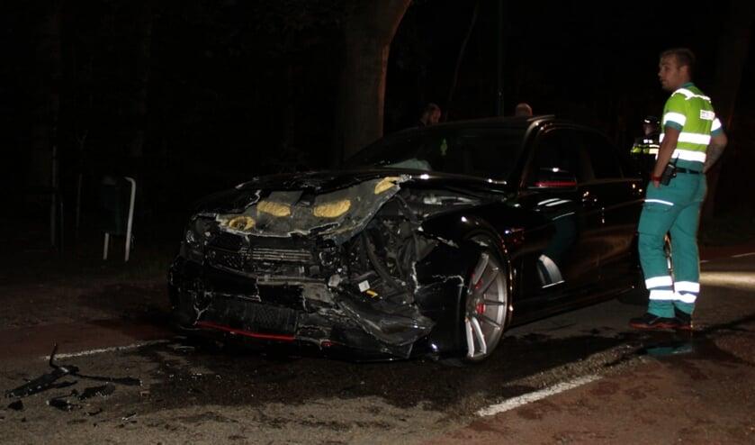 <p>Twee auto&#39;s total-loss na ongeluk in Nistelrode.</p>