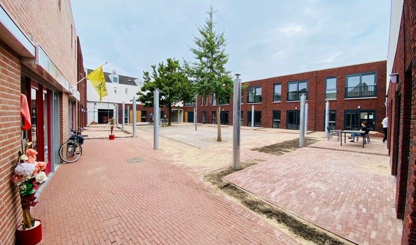 <p>In het nieuwe bouwplan in de Patio in Veghel komen zes rijwoningen en zes appartementen.</p>