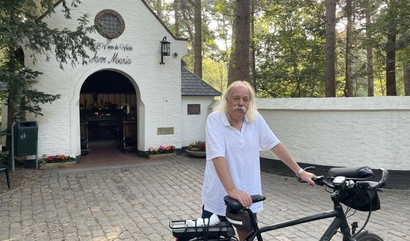 <p>Paul Spapens is fietsliefhebber en kenner van religieus erfgoed in Brabant.</p>