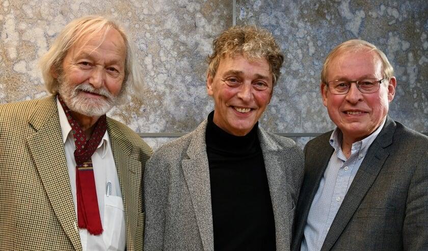 <p>De auteurs van &#39;&Egrave;n gij geleuft d&egrave;!&#39; met van links naar rechts Cor Swanenberg, Riny Boeijen, Henk Janssen.</p>