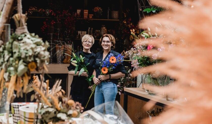 Marjan en Tine zijn samen het gezicht van de bloemenzaak.