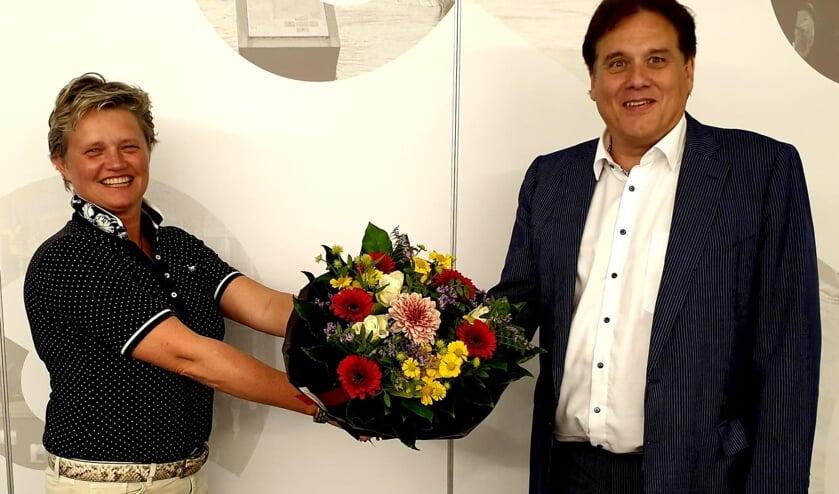Janine van Hulsteijn is opnieuw lijsstrekker bij de VVD in Gennep. Rechts Ronald van Broekhuysen.