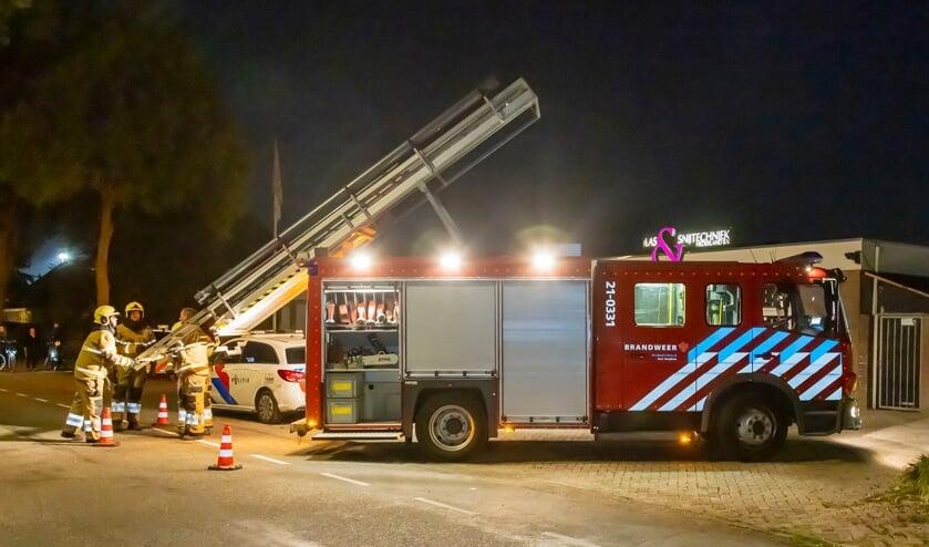 Brandweer in de Maaskade. (Foto: Charles Mallo, Foto Mallo)
