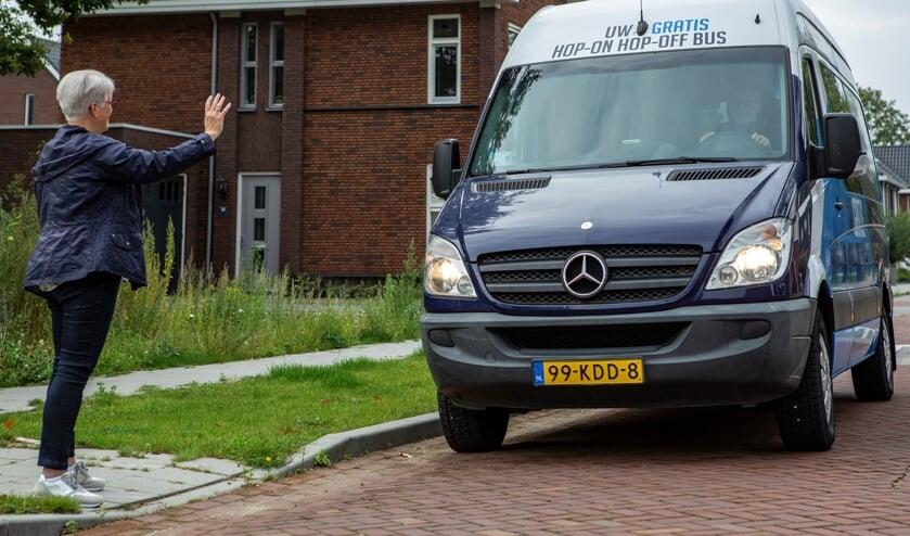 <p>De Hop-On Hop-Off bus (Foto: Marcel v.d. Steen)</p>