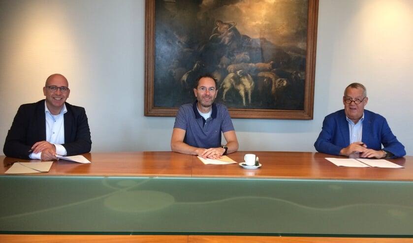 Op de foto staan v.l.n.r.: Dirk Lammers, Joost de Vaan, Harry van Rooijen.