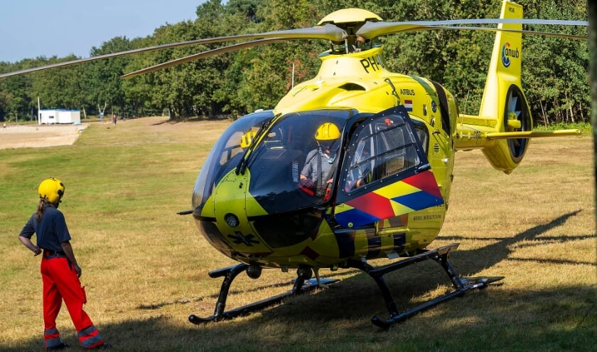 Traumahelikopter bij de Geffense Plas.