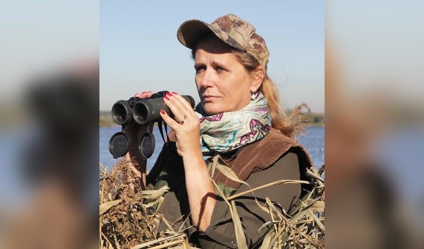 Heidi Looy in het veld