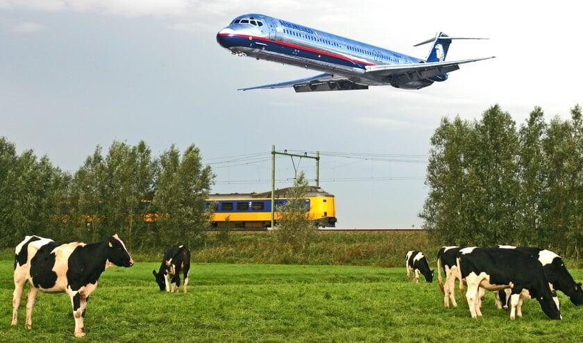 Het vliegverkeer vormt, samen met het trein- en autoverkeer voor toenemende geluidsoverlast.