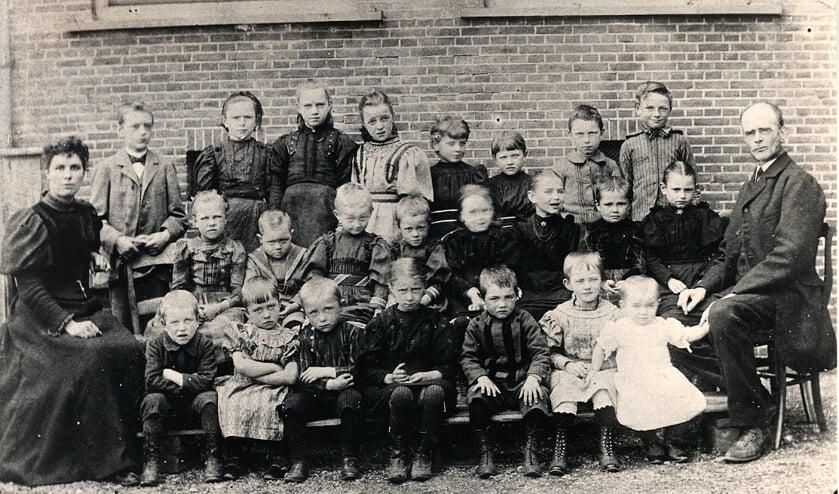 <p>Schoolklas in de Meije 1897.</p>