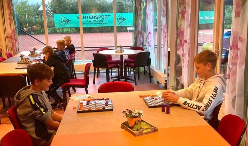 <p>Nieuwe damclub in Waarder.&nbsp;</p>