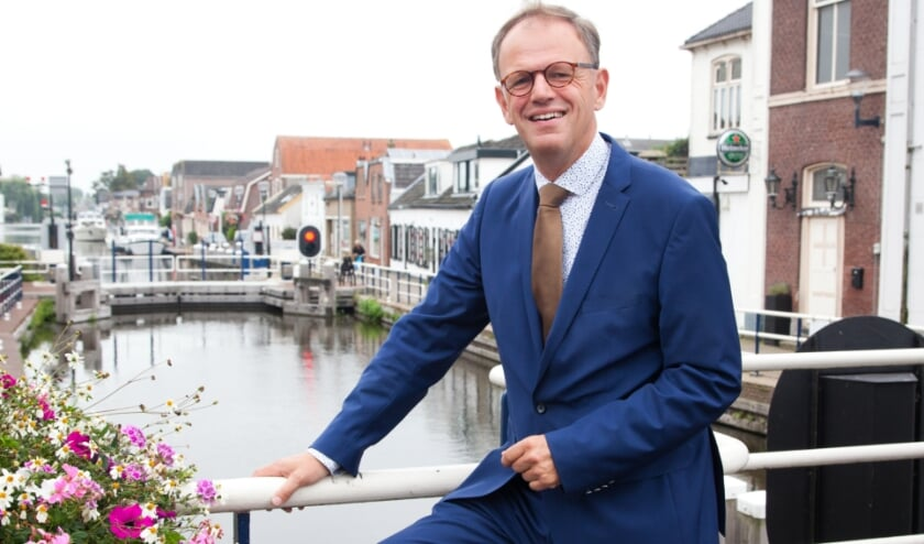 <p>Scheidend burgemeester Christiaan Van der Kamp.</p>