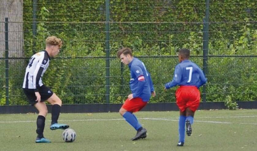 Thijs van Zoest wil zijn directe tegenstander voorbij