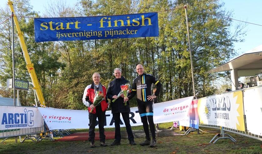 De 'oprichters' van de Run Bike Run: Guus van de Meijden, Ad Overdevest en Dion Overdevest. (Foto: Gerard Ton)