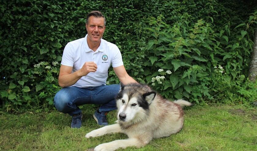 Gert met zijn trouwe 'medeloper', zijn hond Storm.