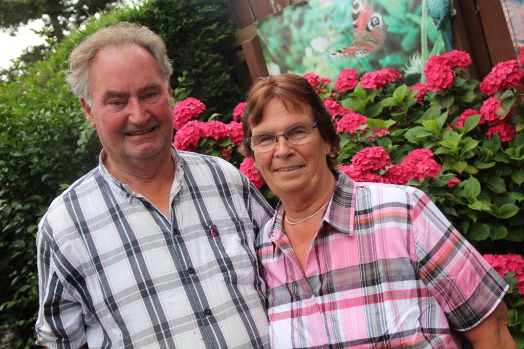 Tineke en Peet wonen al heel lang met veel plezier aan de Lindenlaan in Berkel.   © hartvanlansingerland