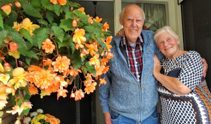Dick en Corrie zijn al 65 jaar gelukkig getrouwd.