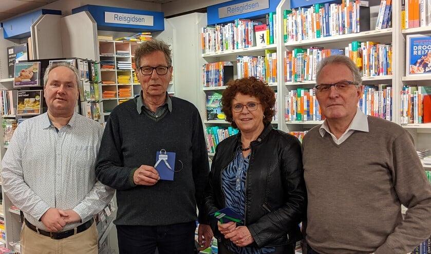v.l.n.r. Joost Smits, winnaars Tom van der Hoeven en Trudi van den Berg, Eric Kampinga. (Foto: PR)