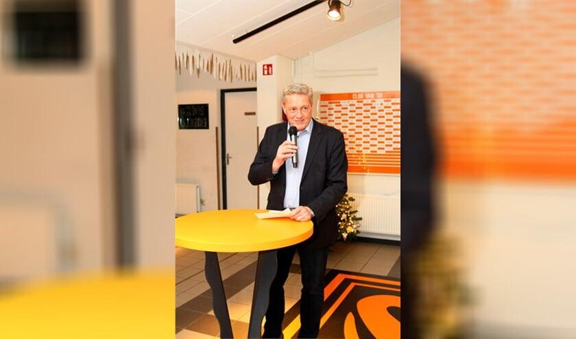 Voorzitter Jaap van Dijk: 'Ik hoop iedereen straks weer gezond op de club te zien om dan samen de draad weer op te pakken'.
