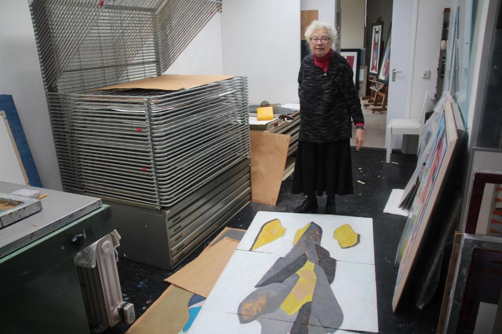 Ze was 41 jaar tekendocente en combineerde haar onderwijswerk al met het kunstenaarschap.  © hartvanlansingerland