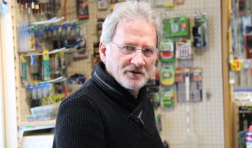 Kees Marée is al veertig jaar actief met de winkel Marée IJzerwaren & Gereedschappen aan de Noordeindseweg in Berkel.