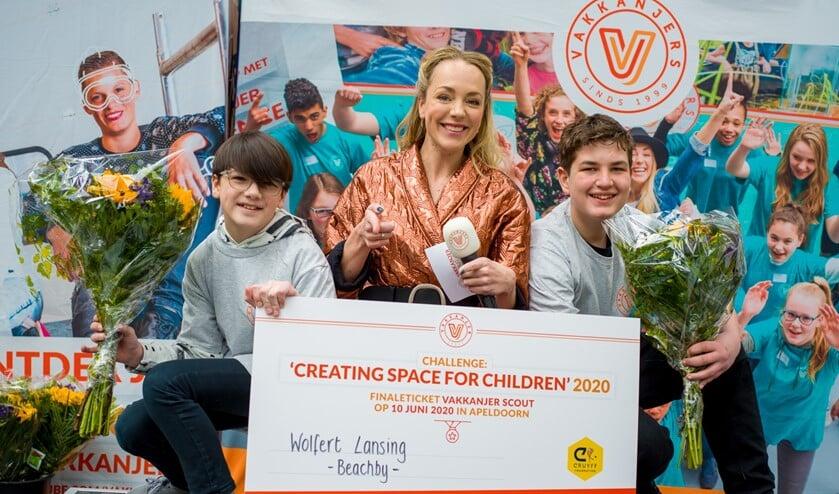 De prijsuitreiking van de halve finale met het winnende team van het Wolfert Lansing uit Bergschenhoek. (Foto: Olivier Huisman)