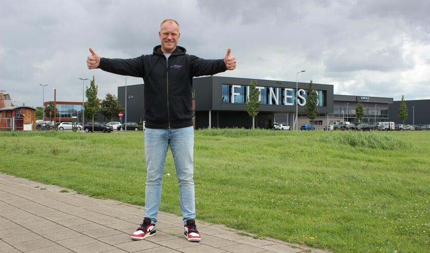 Leon de Gee is ontzettend blij dat de deuren van zijn sportschool weer open zijn. (Foto: Martijn Mastenbroek)