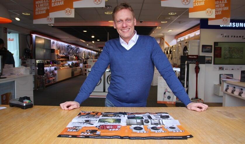 <p>Jeroen van Dongen heeft drie winkels en denkt aan uitbreiding.</p>