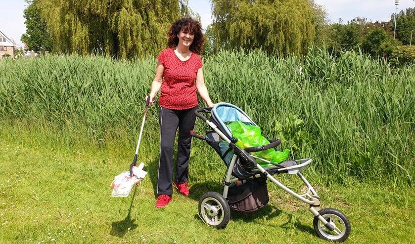 <p>De Berkelse Dorothea snapt niet waarom haar dorpsgenoten afval op de grond gooien, maar laat haar humeur er niet door verpesten.</p>