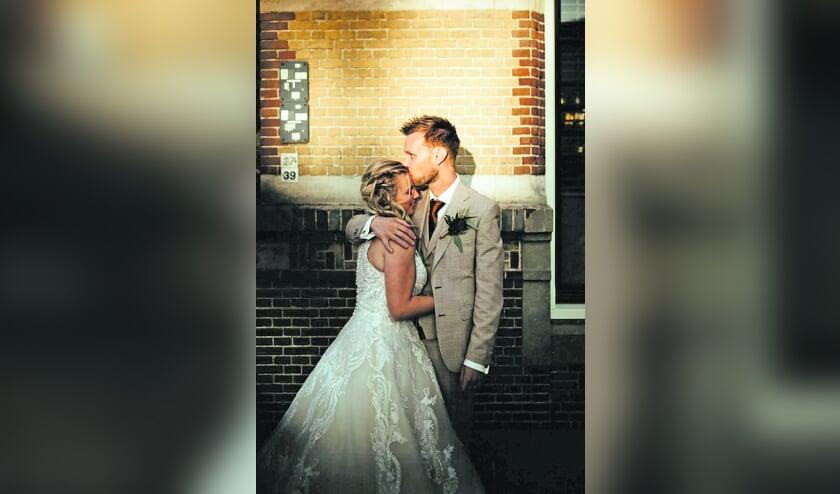 <p>Kirsten en Tim kijken terug op een prachtige dag.</p>