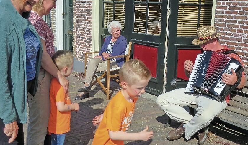 <p>Koningsdag 2020 in Haastrecht met diverse muzikale optredens.</p>