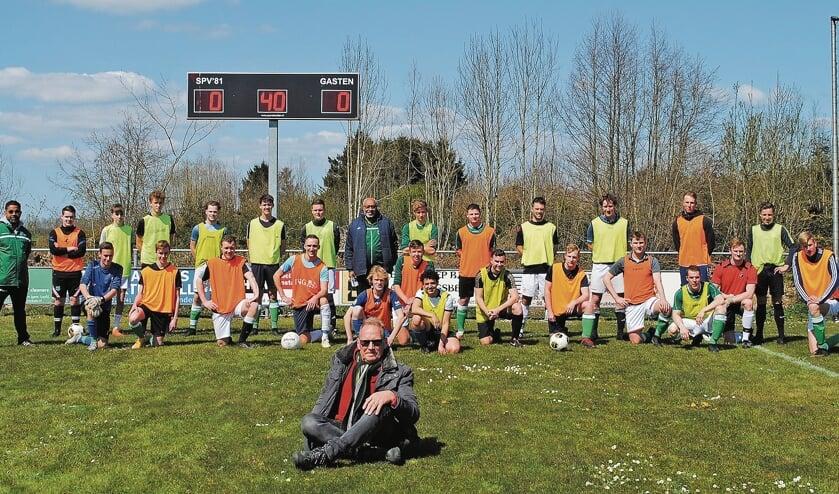 """<p pstyle=""""BODY"""">40 jaar voetbal in Vlist, Polsbroekerdam en Polsbroek</p>"""