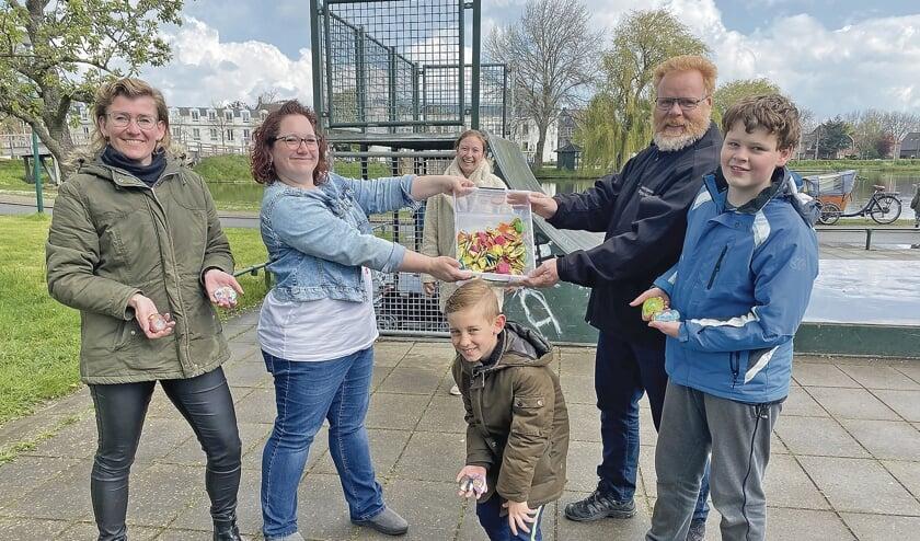 """<p pstyle=""""BODY"""">Dit zijn ze dan - De mensen achter de Happy Stones groep in Montfoort.</p>"""