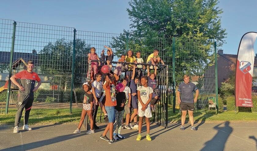 """<p pstyle=""""BODY"""">&#39;FC Utrecht in de wijk&#39; trok afgelopen maandag ruim 30 tot 35 kinderen.</p>"""