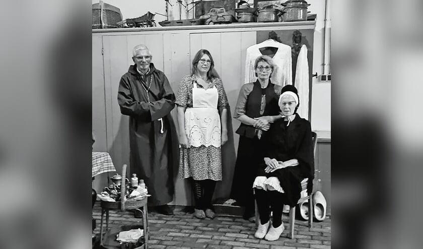 """<p pstyle=""""BODY"""">V.l.n.r.: Kees van Dijk, Henri&euml;tte Saarloos, Anneke van dijk en Truus Vermeulen.</p>"""