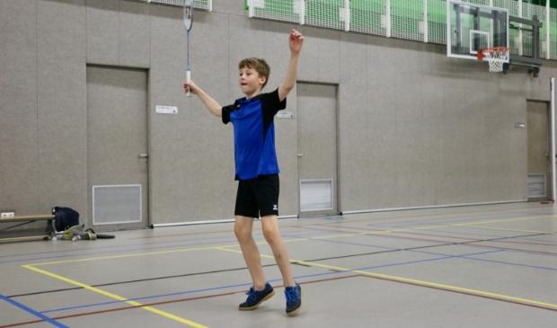 <p>Ook de jongste badmintonners wonnen hun eerste competitiewedstrijd.</p>