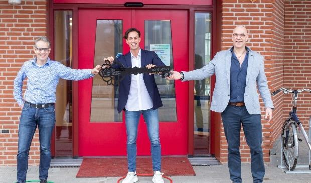 <p><em>Willem-Jan Ruizendaal (voorzitter SZA), Marco Smit (eigenaar van De Sprong) en Rob Fokkinga (eigenaar van Calypso Sport</em>&nbsp;</p>