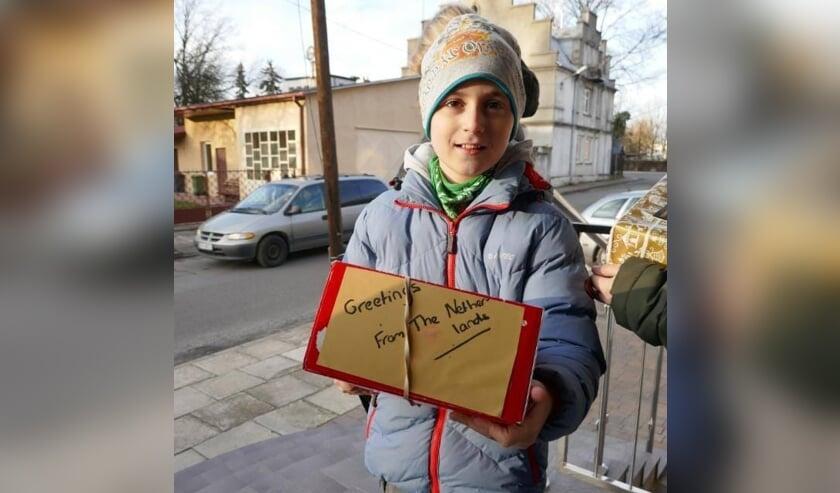 Arme Poolse kinderen kregen weer een schoenendoos, gevuld met leuke en lekkere dingen.