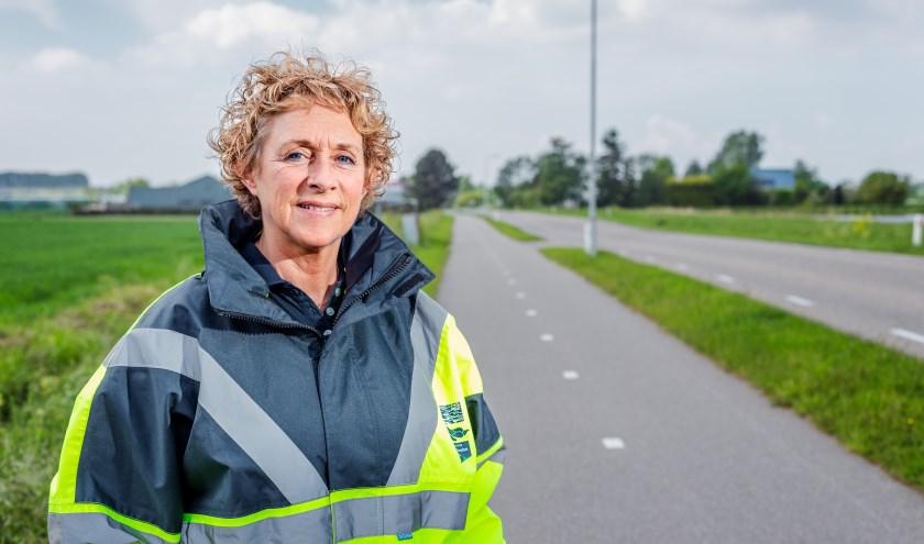 """Heemraad Petra van Nes-de Man: """"In deze donkere maanden is goede fietsverlichting erg belangrijk."""