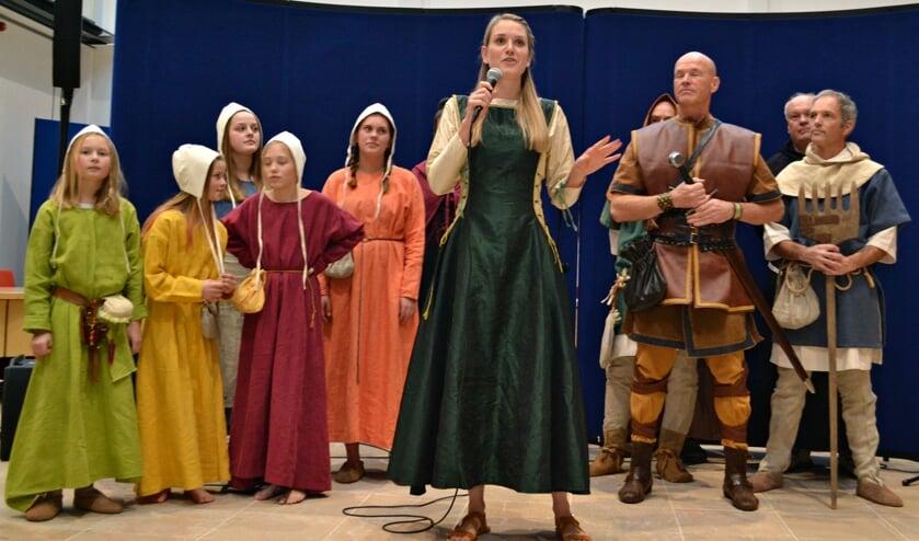 Bij de presentatie werden liedjes uitgevoerd uit de musical over Rolf.