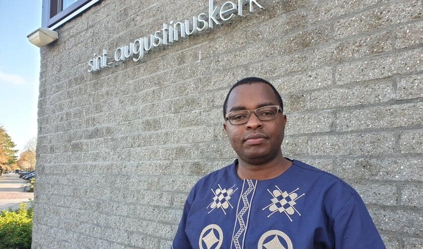 Urbanus Kioko: 'Ik had toen echt het gevoel 'nu ben ik pastoor van Barendrecht!''.
