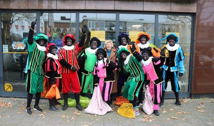 Anja de Geus van het Coöperatiefonds van de Rabobank kon zaterdag rekenen op veel pepernoten