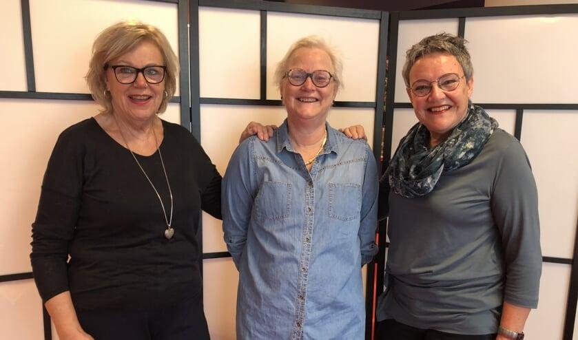 Margriet Bovingdon, Janet Edelman en Georgette van Straten.
