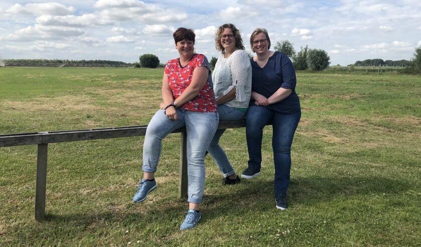 Birgitta, Belinda en Manna zijn weer klaar voor Landbouwdag.
