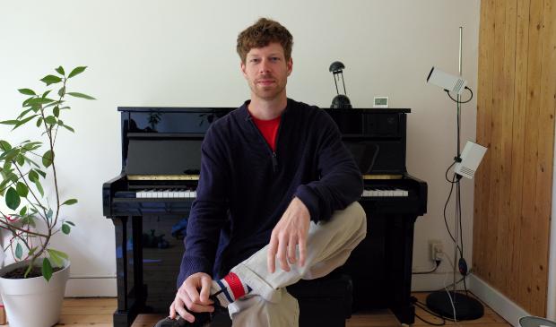 Thierry Castel, de nieuwe pianodocent bij CultuurLocaal (foto Thierry Castel)