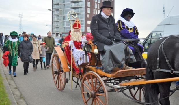 <p>Sinterklaas zal zonder stoomboot Ridderkerk bezoeken</p>