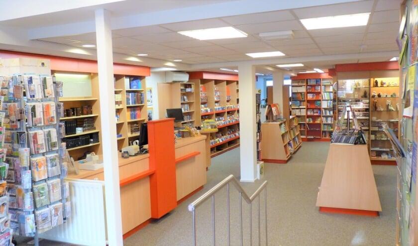 <p>De winkel van De Kandelaar kan weer worden bezocht.</p>