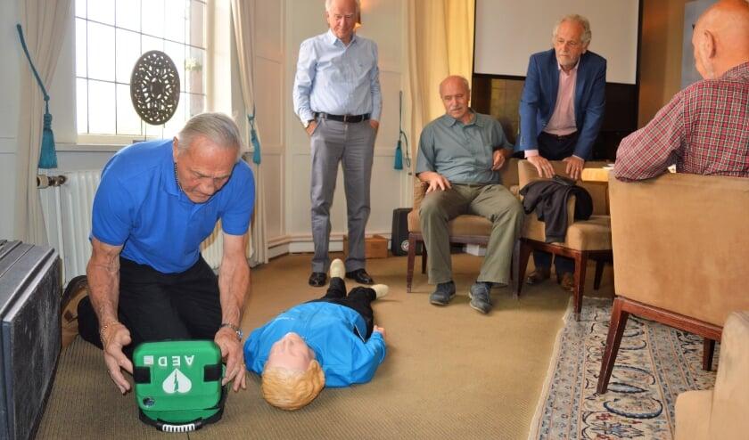 <p>De AED-workshop wordt verzorgd door Rob Kint, een ervaren AED-instructeur.&nbsp;</p>