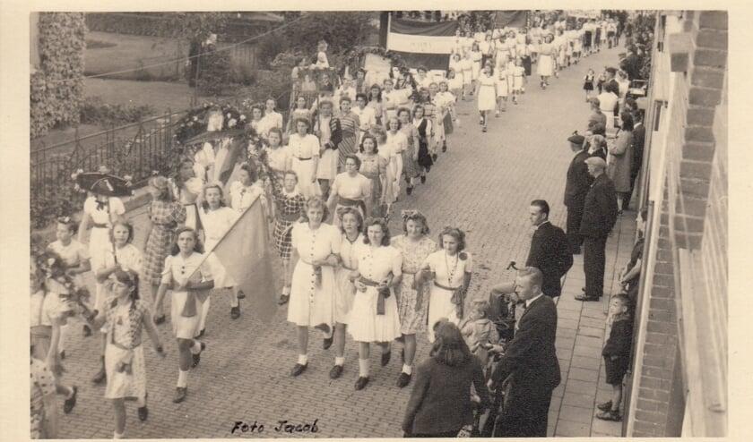 <p>De bevrijdingsoptocht in Ridderkerk op 5 mei.&nbsp;</p>